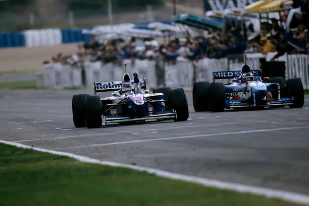 Europe「Jacques Villeneuve, Gerhard Berger, Grand Prix Of Europe」:写真・画像(18)[壁紙.com]