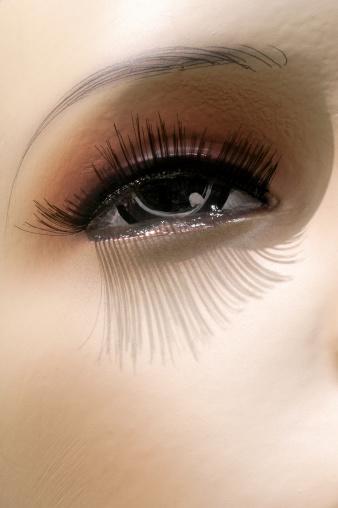 女性モデル「マネキンの目」:スマホ壁紙(9)