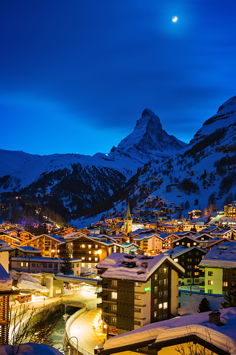 Ski Resort「Zermatt town with Matterhorn peak in Mattertal, Switzerland, at dusk」:スマホ壁紙(4)