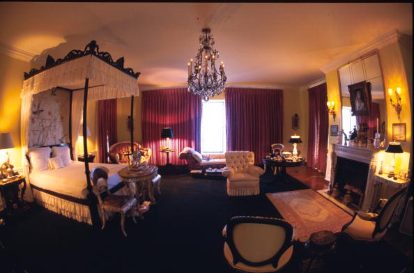 Bedroom「Doris Duke''s Newport Summer Home」:写真・画像(14)[壁紙.com]