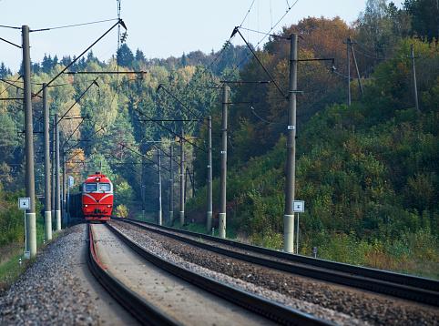 Approaching「Train arriving at station, Vilnius, Lithuania」:スマホ壁紙(0)