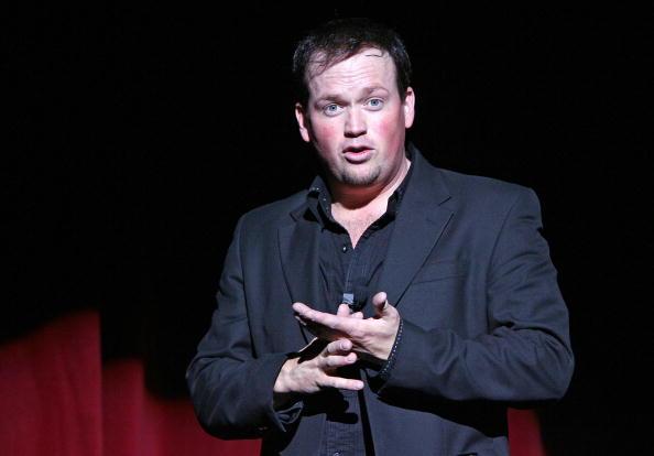 Nathan Burton「Nathan Burton Comedy Magic Opens At Flamingo」:写真・画像(4)[壁紙.com]
