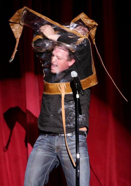 Nathan Burton「Nathan Burton Comedy Magic Opens At Flamingo」:写真・画像(9)[壁紙.com]