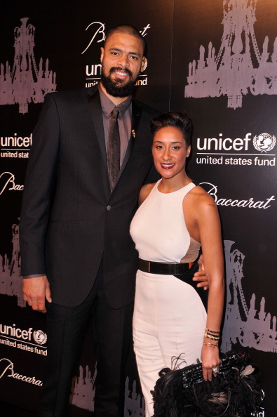 雪の結晶「The Ninth Annual UNICEF Snowflake Ball - Arrivals」:写真・画像(18)[壁紙.com]