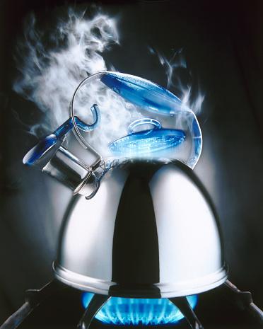 Tea Kettle「Teakettle Boiling Over」:スマホ壁紙(18)