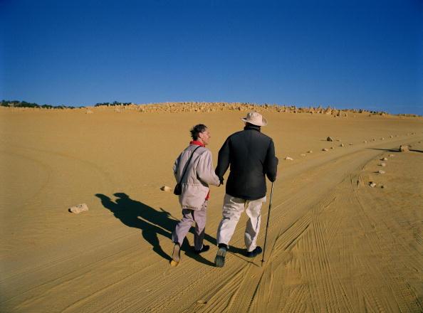 Tom Stoddart Archive「Desert Walking」:写真・画像(6)[壁紙.com]