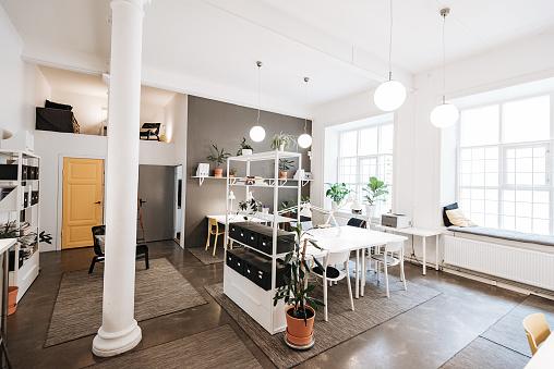 Scandinavia「Open plan co-working office in Sweden」:スマホ壁紙(17)