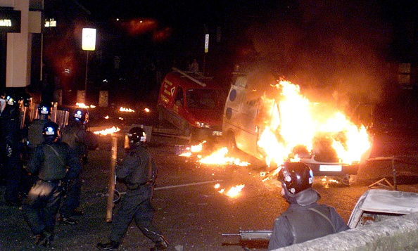 Problems「Sectarian Riots In Belfast」:写真・画像(17)[壁紙.com]