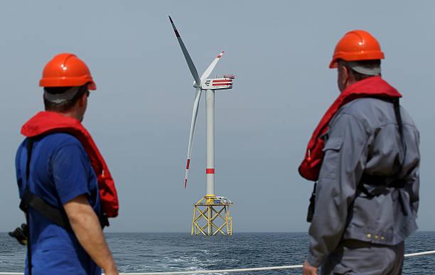 Alpha Ventus Offshore Windpark Begins Operation:ニュース(壁紙.com)