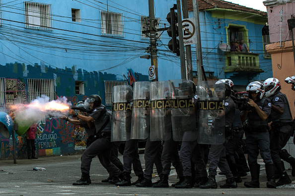 "São Paulo「Police Clash With Drug Addicts In ""Cracolandia"" Section Of Sao Paulo」:写真・画像(1)[壁紙.com]"