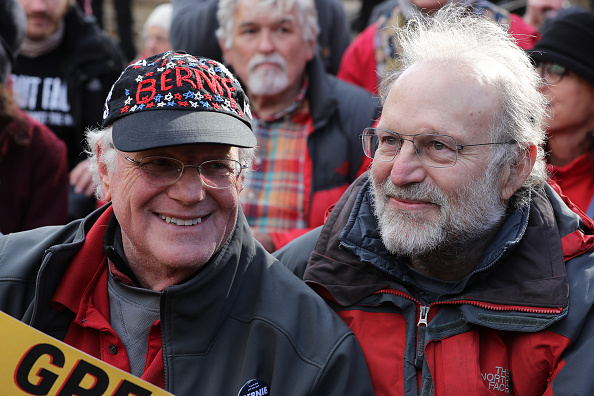 Social Issues「Ben & Jerry's Co-Founders Join Jane Fonda In Climate Protest On Capitol Hill」:写真・画像(1)[壁紙.com]