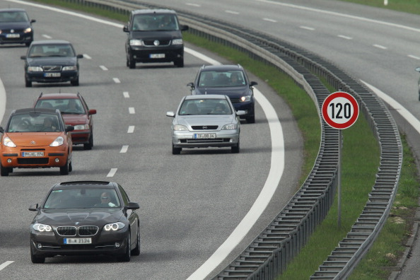 Speed「Social Democrats Propose 120 KM/H Speed Limit」:写真・画像(2)[壁紙.com]