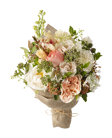 ブーケ「A cut out image of a bouquet or bunch of flowers including peony, rose, mint and bramble」:スマホ壁紙(2)
