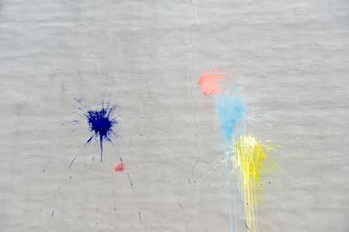 Jutland「Paint splatters on an outside wall」:スマホ壁紙(10)