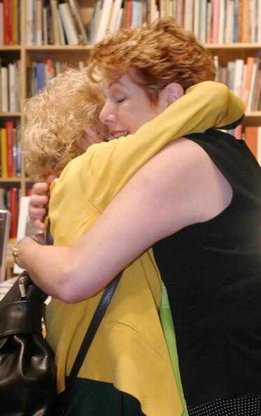 Diary「Lynn Redgrave And Annabel Clark's Book Signing」:写真・画像(18)[壁紙.com]