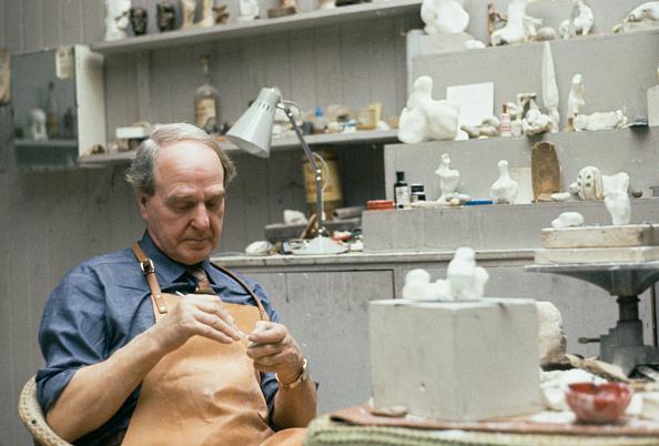 Sculptor「Henry Moore」:写真・画像(5)[壁紙.com]