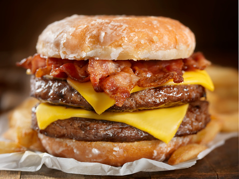 Bacon「Glazed Donut Bacon Cheeseburger」:スマホ壁紙(2)