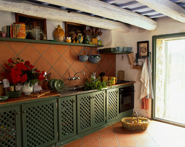 Crockery「View of a kitchen on a sunny day」:写真・画像(8)[壁紙.com]