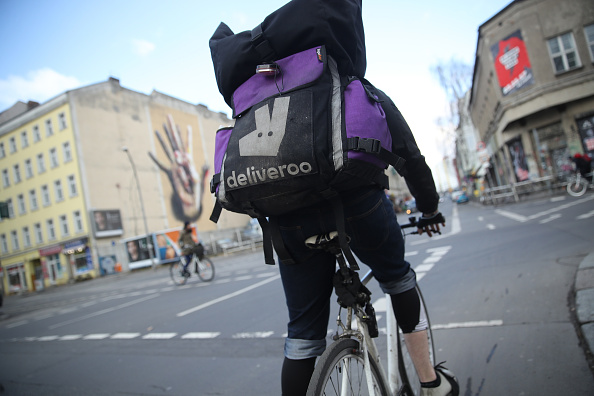 Deliveroo「Food Delivery Services Depend On Part-time Workers」:写真・画像(1)[壁紙.com]