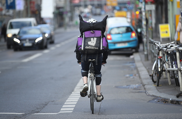 Deliveroo「Food Delivery Services Depend On Part-time Workers」:写真・画像(14)[壁紙.com]