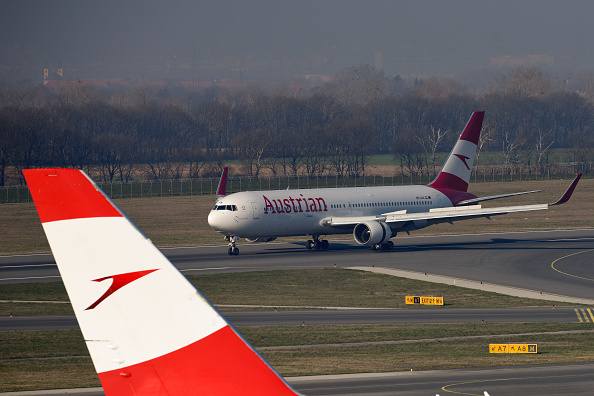 Austria「Airlines Dock Jets As Passenger Numbers Plummet Due To Coronavirus」:写真・画像(9)[壁紙.com]