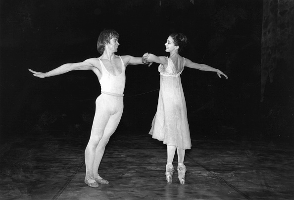 Victor Blackman「Ballet Rehearsal」:写真・画像(14)[壁紙.com]