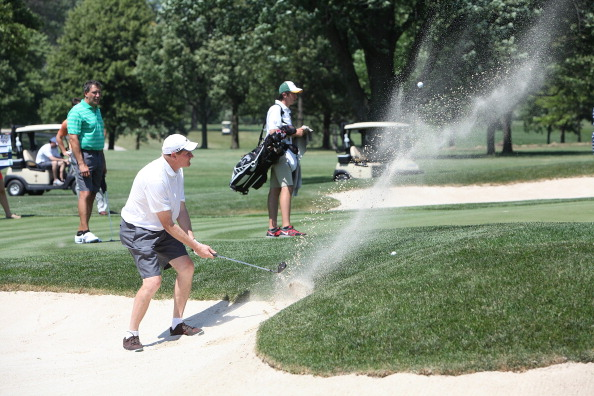 "Sand Trap「Packers Vs. Bears ""Rivalry Cup"" At Medinah Country Club」:写真・画像(1)[壁紙.com]"