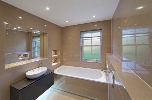 Frosted Glass「beige marble bathroom」:スマホ壁紙(16)