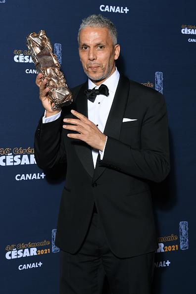 Sami Bouajila「Awards Room - Cesar Film Awards 2021 At L'Olympia In Paris」:写真・画像(13)[壁紙.com]