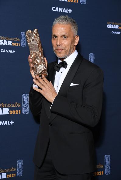 Sami Bouajila「Awards Room - Cesar Film Awards 2021 At L'Olympia In Paris」:写真・画像(1)[壁紙.com]