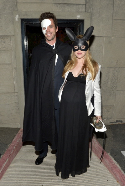 St「The 1st Annual UNICEF Masquerade Ball In Los Angeles」:写真・画像(5)[壁紙.com]