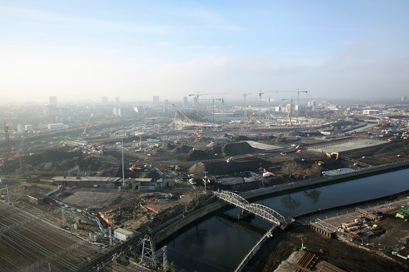 Horizon「Olympic Stadium during construction, Stratford, London, UK, afternoon, January 2009, looking West」:写真・画像(9)[壁紙.com]