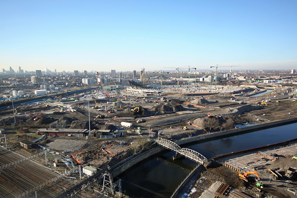 Horizon「Olympic Stadium during construction, Stratford, London, UK, midday, January 2009, looking West」:写真・画像(11)[壁紙.com]