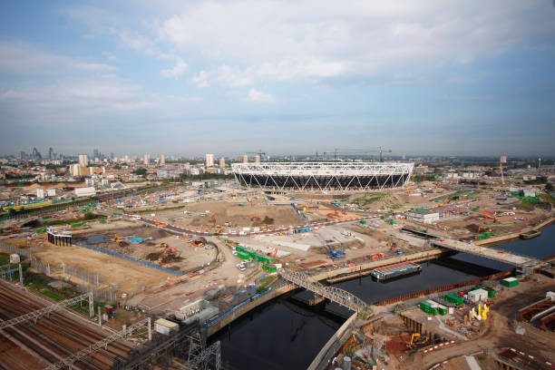 Olympic Stadium during construction, Stratford, London, UK, morning, August 2009, looking West:ニュース(壁紙.com)