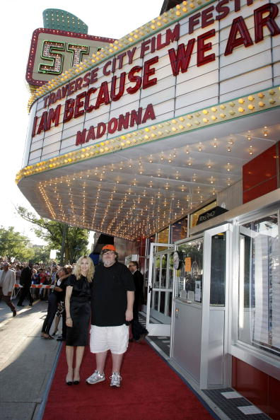 """Executive Producer「Madonna Hosts A Screening Of """"I Am Because We Are"""" At TCFF」:写真・画像(17)[壁紙.com]"""