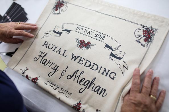 Rippled「Commemorative Tea Towels Are Printed Ahead Of The Royal Wedding」:写真・画像(18)[壁紙.com]