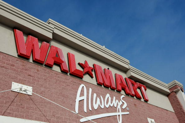 Sign「Wal-Mart Cuts 4th Quarter Outlook After Lower December Earnings」:写真・画像(18)[壁紙.com]