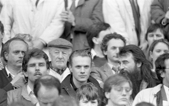 1990-1999「Larry Mullens at the Ireland V USSR Match 1990」:写真・画像(11)[壁紙.com]