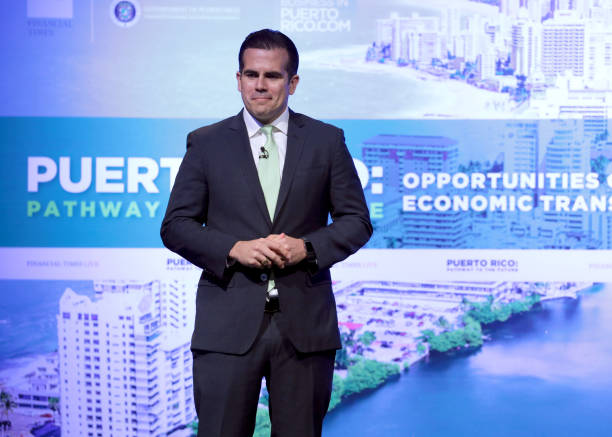 Footpath「Puerto Rico: Pathway To The Future, Opportunities Of An Economic Transformation」:写真・画像(0)[壁紙.com]