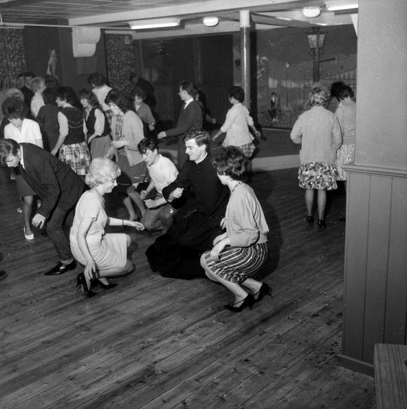 Dance Floor「Cassock Twist」:写真・画像(15)[壁紙.com]