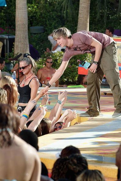 Bryan Haraway「MTV TRL's Summer On The Strip - Monday」:写真・画像(5)[壁紙.com]