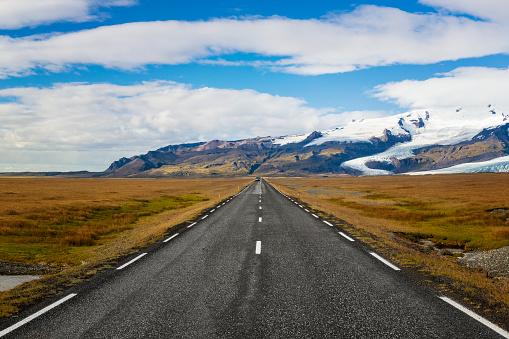 Empty Road「Ring road of Iceland」:スマホ壁紙(4)