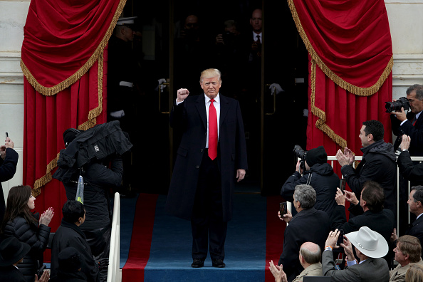 Alex Wong「Donald Trump Is Sworn In As 45th President Of The United States」:写真・画像(4)[壁紙.com]