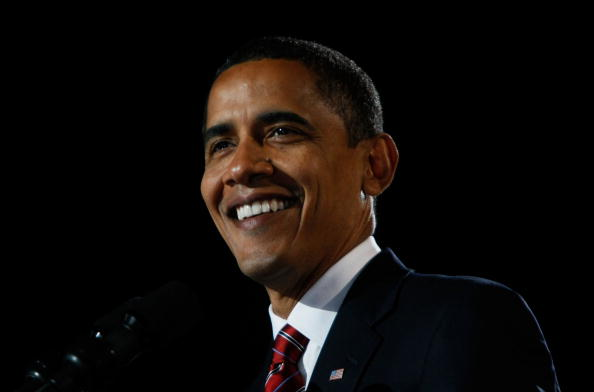 笑顔「Barack Obama Holds Election Night Gathering In Chicago's Grant Park」:写真・画像(13)[壁紙.com]