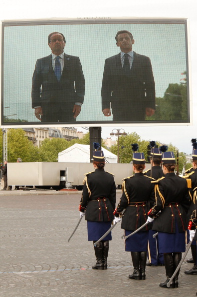 Architectural Feature「Nicolas Sarkozy And Francois Hollande Attend Victory Day Ceremony」:写真・画像(12)[壁紙.com]
