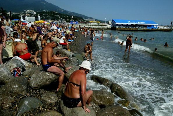 Extreme Terrain「Vacationers Take To The Black Sea Peninsula」:写真・画像(12)[壁紙.com]