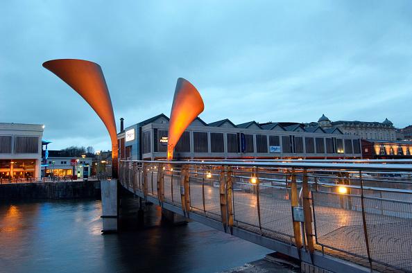 Dawn「Bristol Harbourside Marina, South West, England, UK.」:写真・画像(8)[壁紙.com]