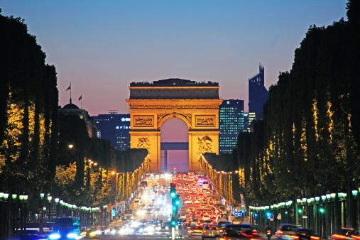 Arc de Triomphe - Paris「Avenue des Champs Elysées and Triumphal Arch」:スマホ壁紙(0)