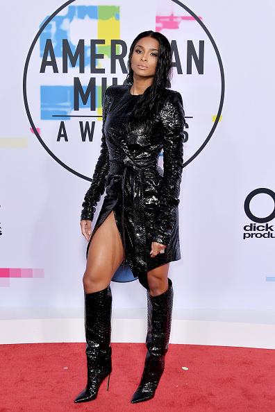 アメリカン・ミュージック・アワード「2017 American Music Awards - Arrivals」:写真・画像(13)[壁紙.com]