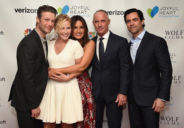 Gala「Mariska Hargitay's Joyful Heart Foundation Hosts The Joyful Revolution Gala At David Geffen Hall」:写真・画像(1)[壁紙.com]